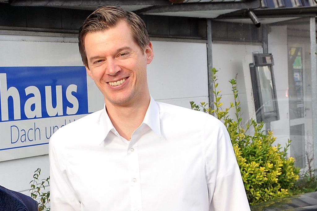 Firmenchef Tim Overhaus beantwortet die wichtigsten Fragen rund ums Dach.