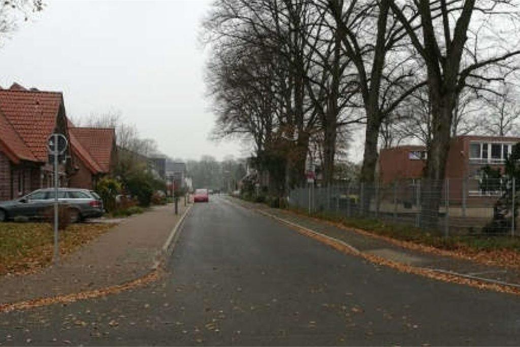 An der Hagenbecker Straße will der Förderverein der Antoniusschule eine Geschwindigkeits-Messtafel aufhängen.