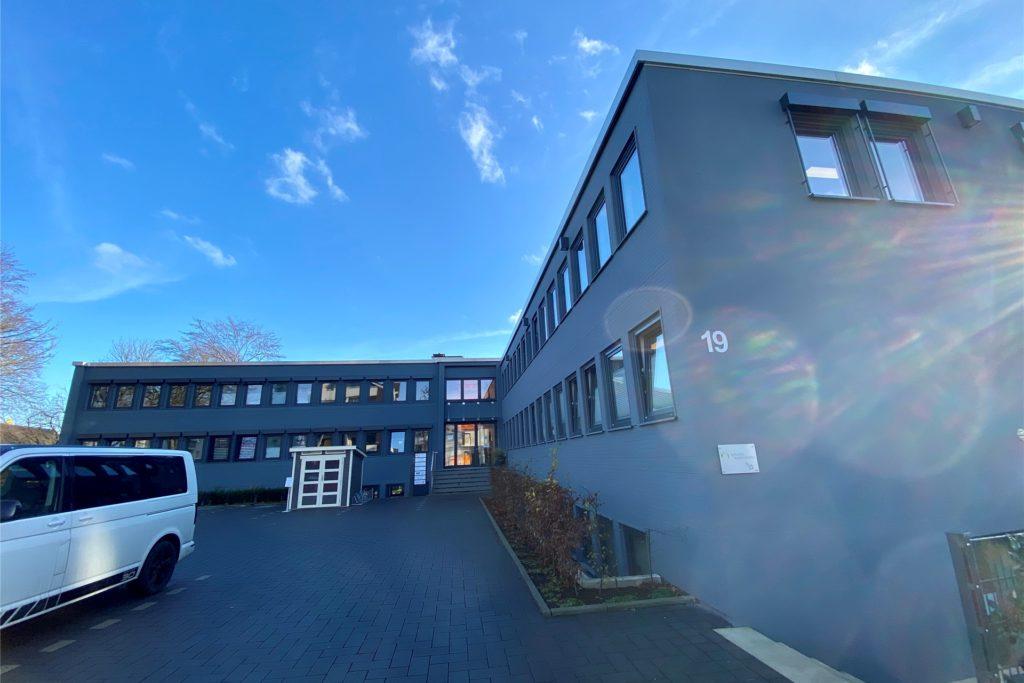 Hier am Helenbergweg in Dortmund-Barop befindet sich das Schnelltestzentrum für Unternehmen und Privatpersonen, das die Prävent GmbH eingerichtet hat.