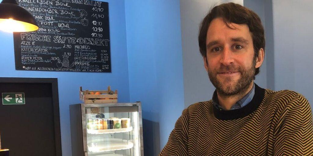 Martin Strauch hat als Unternehmer im Kaiserviertel in Dortmund ein Corona-Jahr mit einigen Auf-und-Abs erlebt.