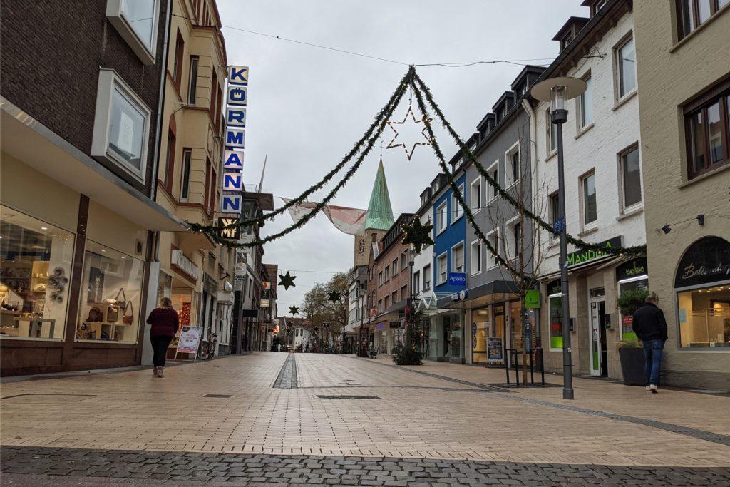 Am Stadteingang zur Recklinghäuser Straße sind noch gar keine Hochsicherheitspoller eingesetzt.