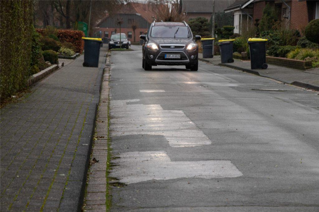 """Mit Fördergeldern sollen die Straßen """"Heiligenkamp"""" und """"Brotkorb"""" im kommenden Jahr saniert werden."""