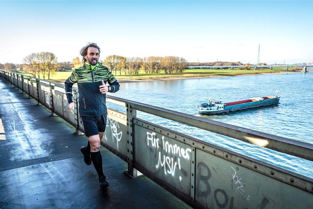 Pater Tobias bereitet sich in seiner Heimat Duisburg bereits auf neue Marathonläufe in 2021 vor.