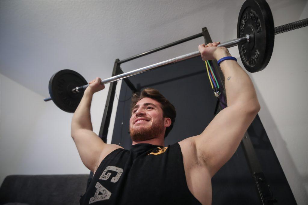 """""""Der Sport hat mir unheimlich geholfen, meinen Weg zu gehen. Er ist auch heute noch ein wichtiger Motor für mein Selbstvertrauen"""", sagt Zemman."""