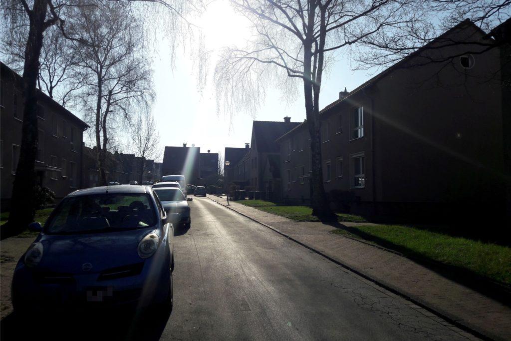 In einem Haus in der Eichenstraße wurde im Februar eine tote Frau gefunden.