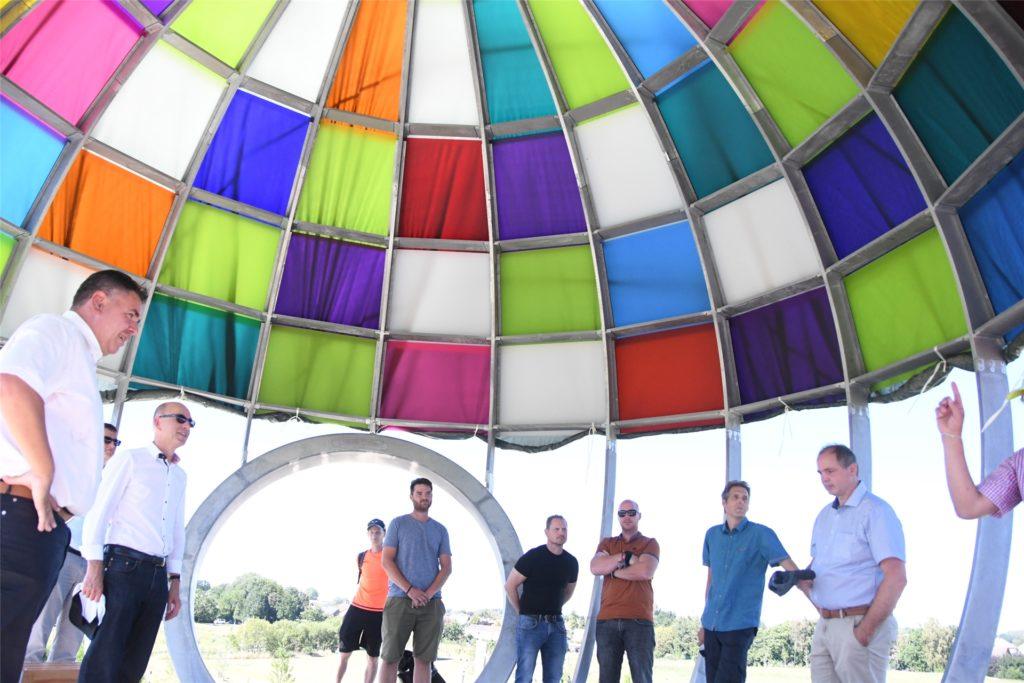 Am 31. Juli wird der Auenpark unter der bunten Kuppel eröffnet.