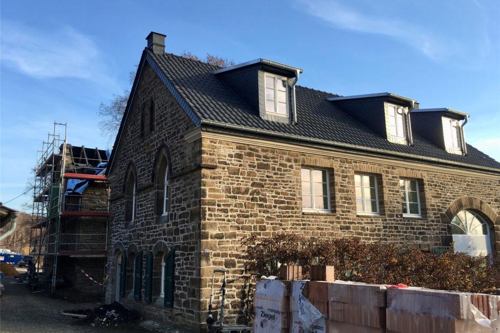 Auch Gärtner- und Försterhaus werden für eine private Nutzung umgebaut.