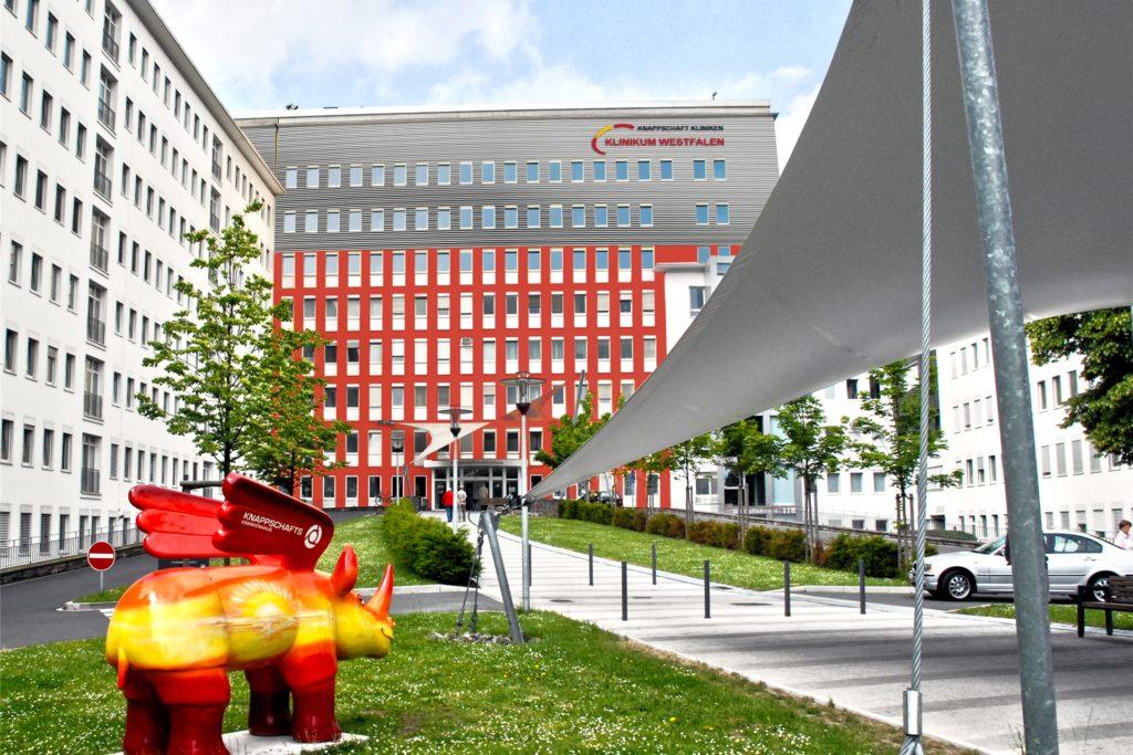 Am Knappschaftskrankenhaus in Brackel wurden 125 Beschäftigte des Klinikums Westfalen aus Dortmund schon geimpft.