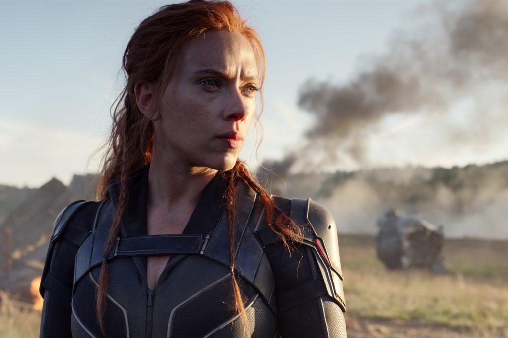 """Scarlett Johansson setzt sich in """"Black Widow"""" mit den dunklen Kapiteln ihres Lebens auseinander."""