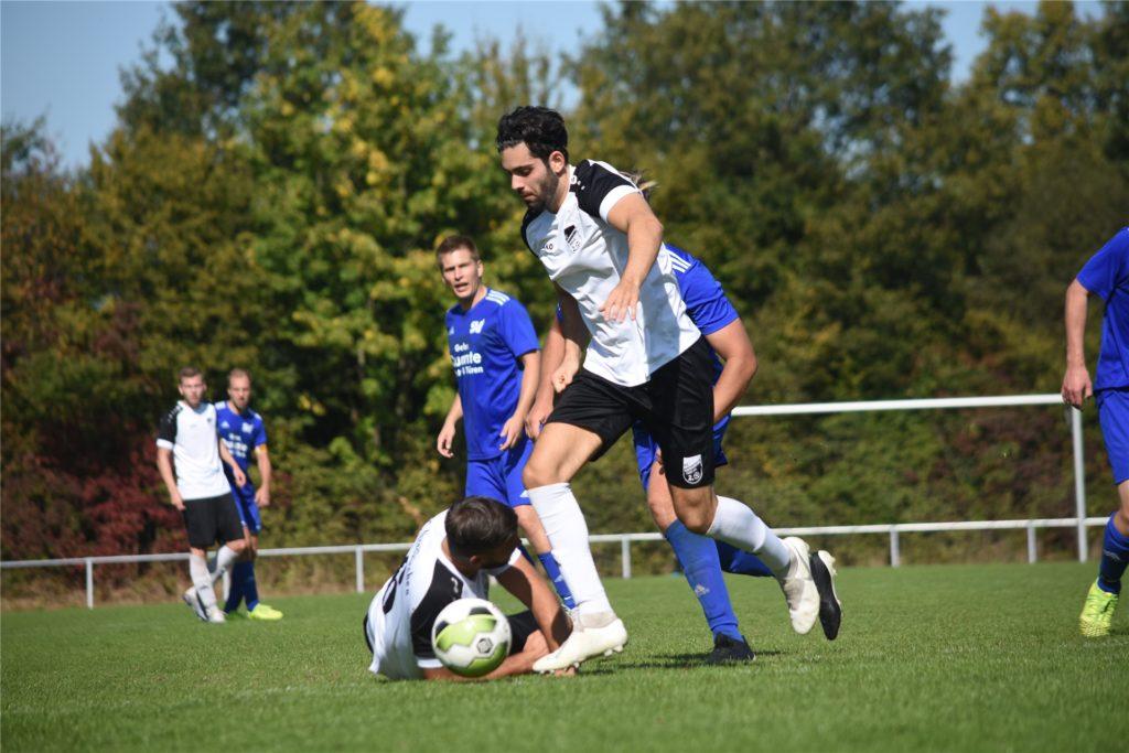 Johannes Eroglu ist der jüngste der drei Eroglu-Brüder und betreibt neben dem Fußball auch noch sehr viel Fitness-Sport.