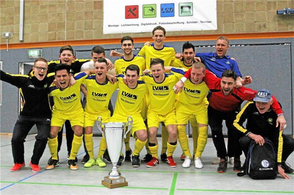 Die Freude über den Turniersieg 2018 war beim SV Herbern groß.