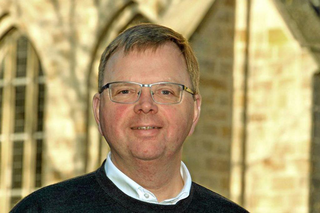 Für den katholischen Pfarrer Jürgen Lürwer werden die schrecklichen Ereignisse noch lange wirken.