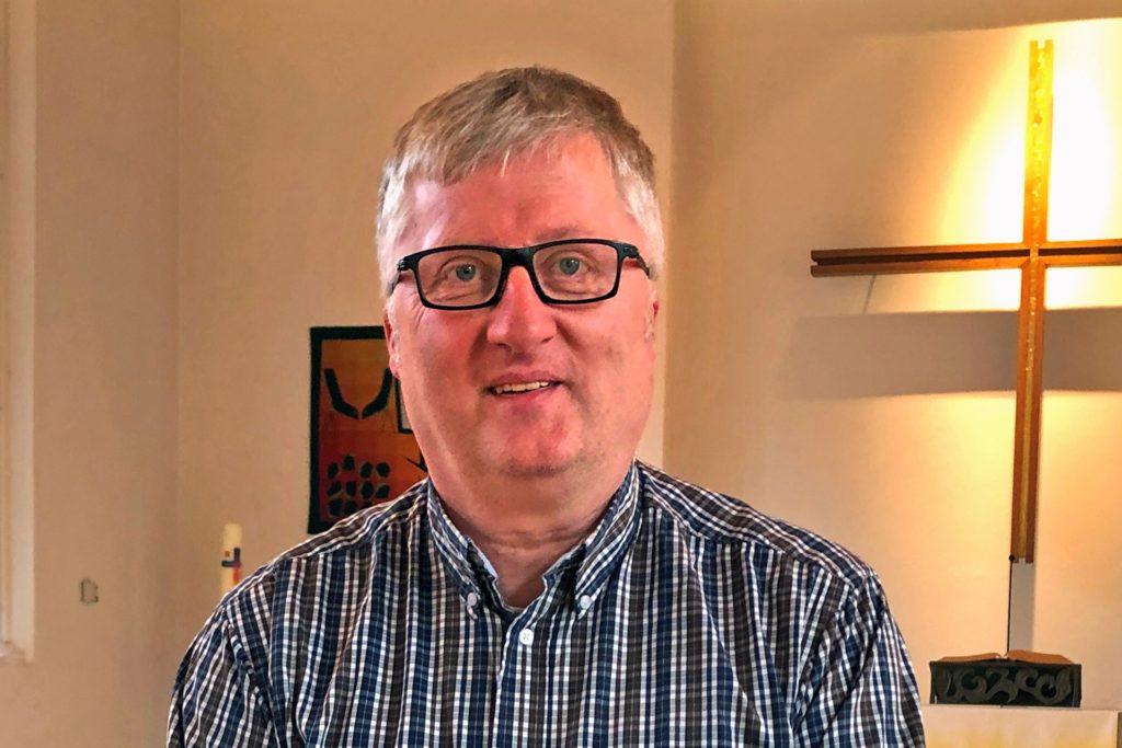 Der evangelische Pfarrer Uwe Weber appelliert an die Vorbildfunktion für nachwachsende Generationen.