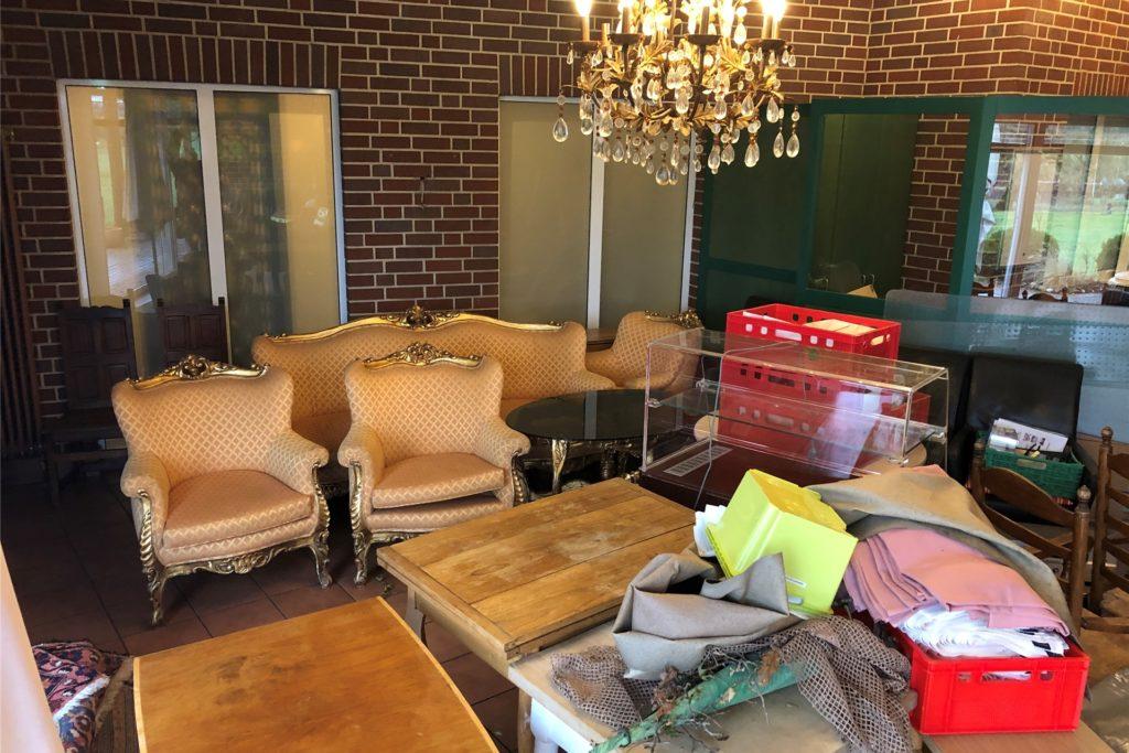 Vor einem Umbau wird noch ein großes Ausräumen erforderlich sein.