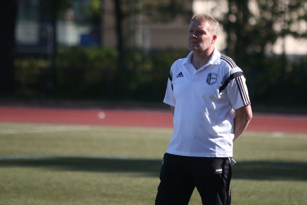 Mario Rast hat auch weiter das Sagen an der Seitenlinie bei der SG Selm.