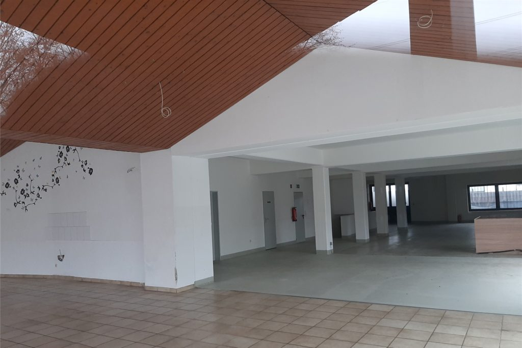 Ein Blick ins Innere des Gebäudes mit einer Gewerbefläche von rund 320 Quadratmetern.