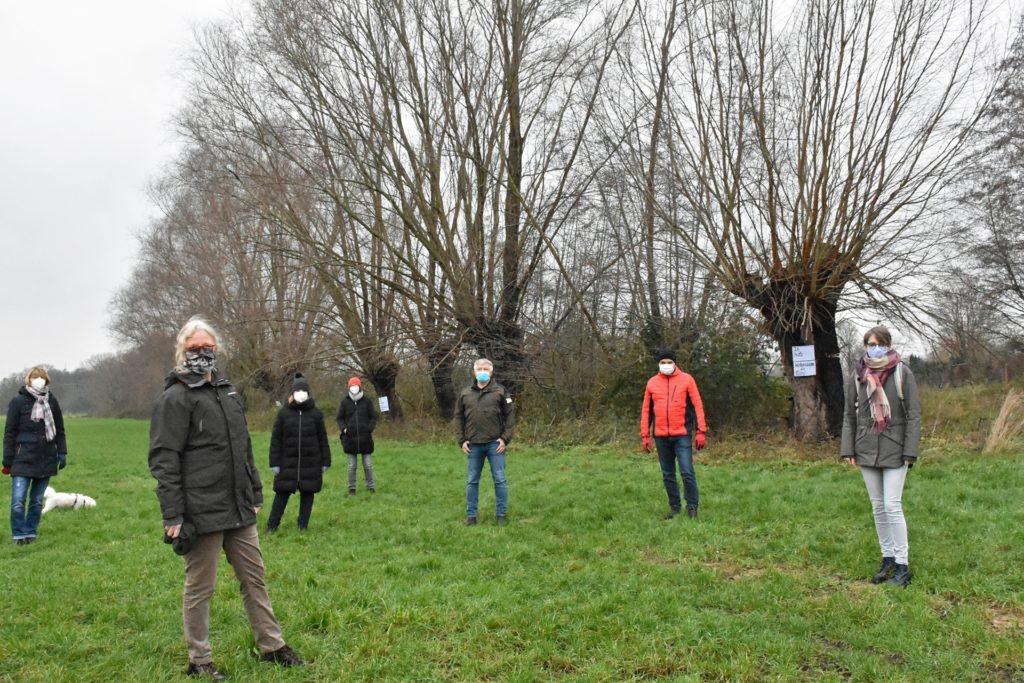 Die Gruppe, die sich für den Erhalt der alten Bäume starkmacht, wächst. Unterstützung erhalten die Wüllenerinnen vom Nabu.