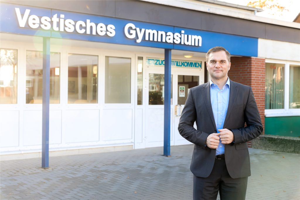 Dirk Willebrand, neuer Schulleiter am Vestischen Gymnasium Kirchhellen
