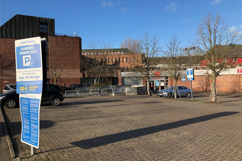 So leer ist der Evinger Kik-Parkplatz am Evinger Platz in Corona-Zeiten