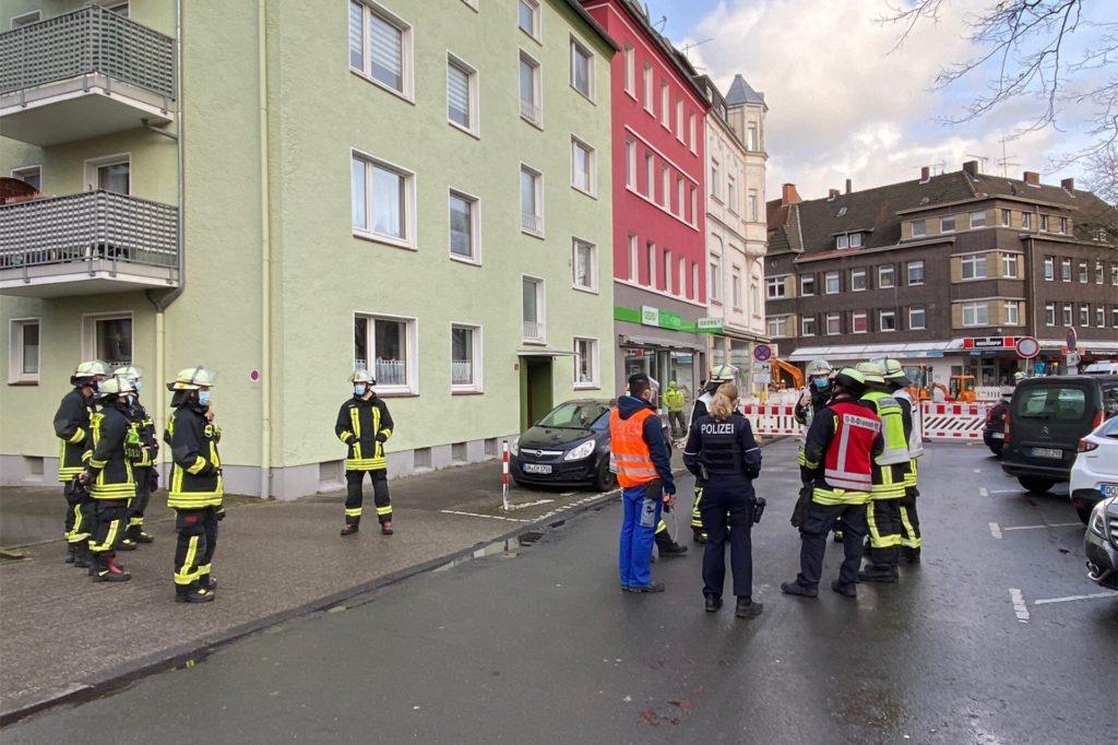 Auch die Polizei war vor Ort, um den Einsatz zu betreuen.
