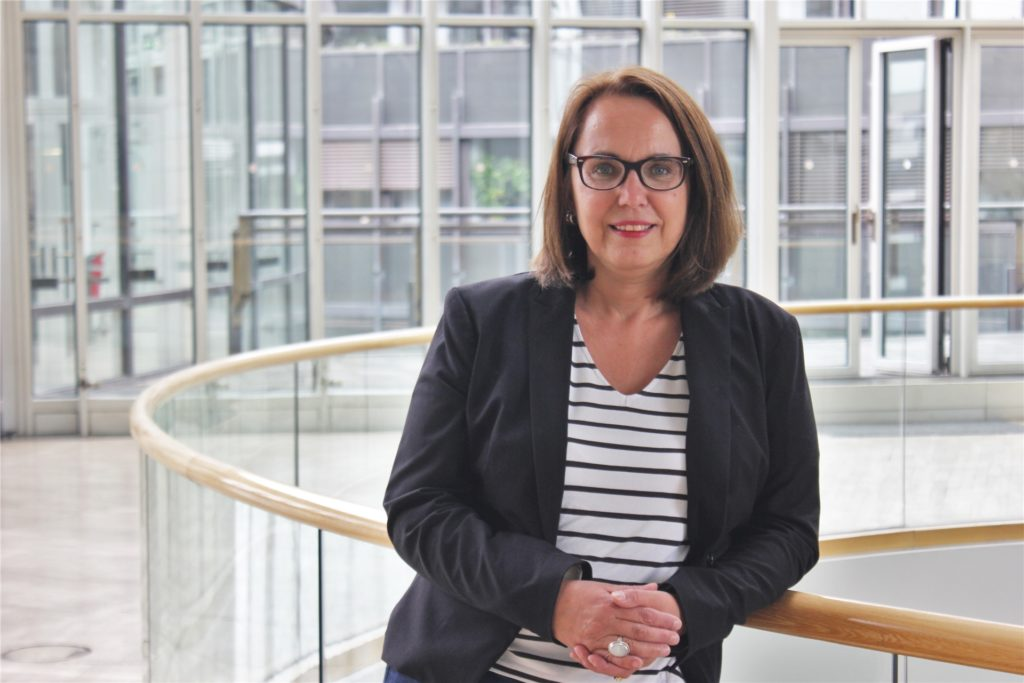 Die SPD-Landtagsabgeordnete Anja Butschkau aus Dortmund kritisiert das Vorgehen von H&M scharf