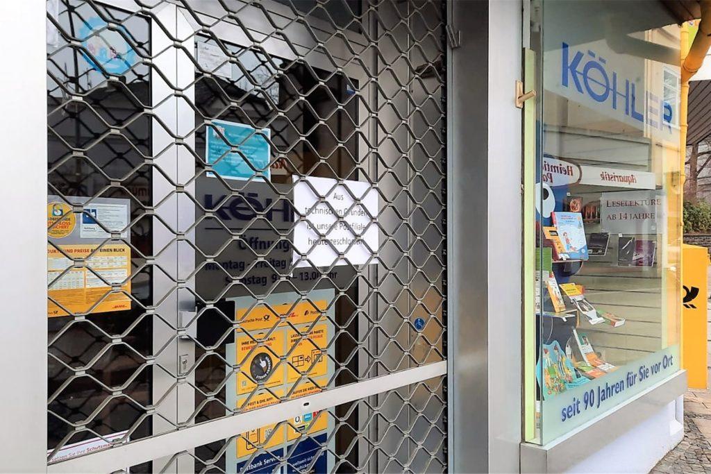 Ein Aushang informierte die Kunden über die vorübergehende Schließung.