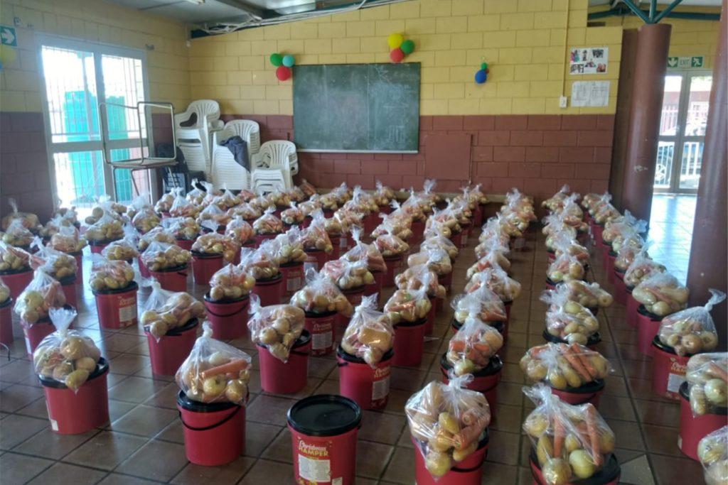 Dank Spenden aus Haltern konnten für die Familien Grundnahrungsmittel gekauft und verteilt werden.