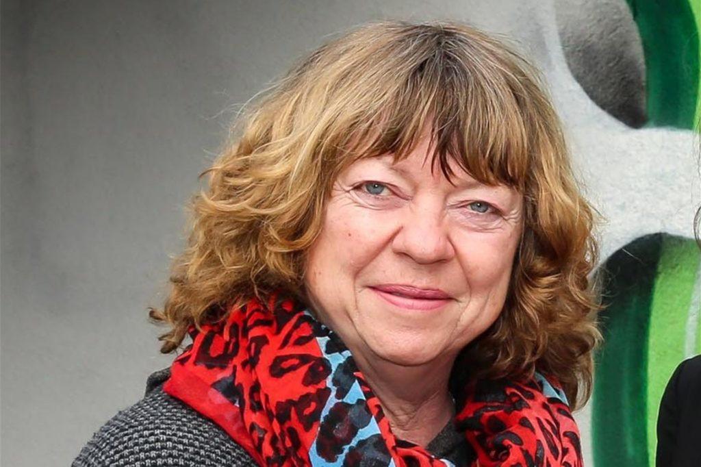 SG-Phönix-Eving-Geschäftsführerin Martina Michel beklagt sich über Jugendliche, die unberechtigterweise den Platz des Vereins für einen privaten Kick nutzen