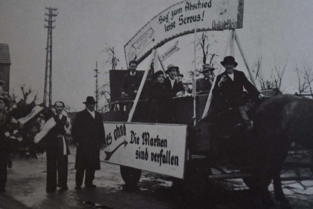 Nach dem Krieg fand der erste Karnevalsumzug in Olfen 1947 wieder statt.