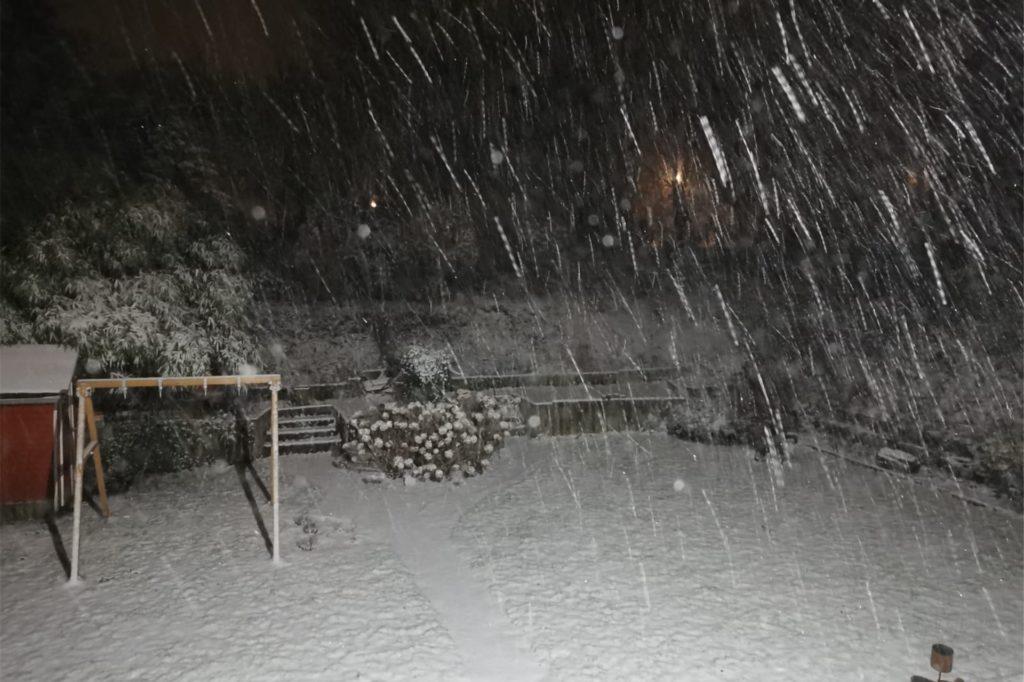 Viel Schnee fiel am Samstagabend ab ca. 22 Uhr in Castrop-Rauxel.
