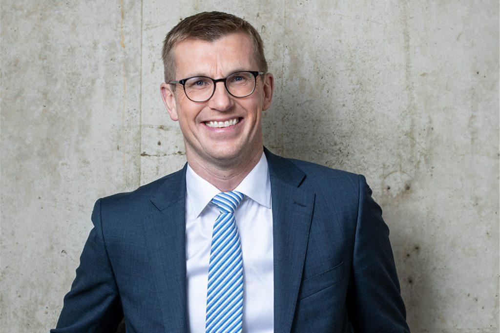 Frank Overkamp, Vorstand der Volksbank Gronau-Ahaus, blickt optimistisch in die Zukunft. Trotz aller Beschränkungen sei die Bank auf einem guten Weg.
