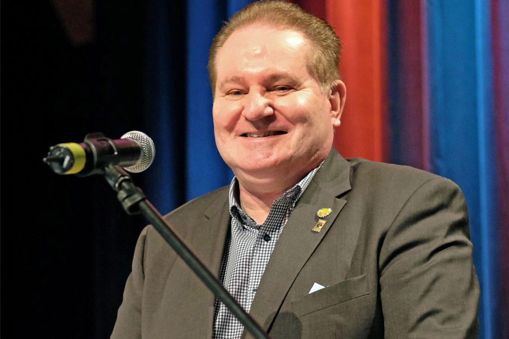 Der Präsident des Westdeutschen Basketball-Verbandes, Uwe Plonka, möchte, dass die Vereine möglichst rasch wieder in die Hallen können.