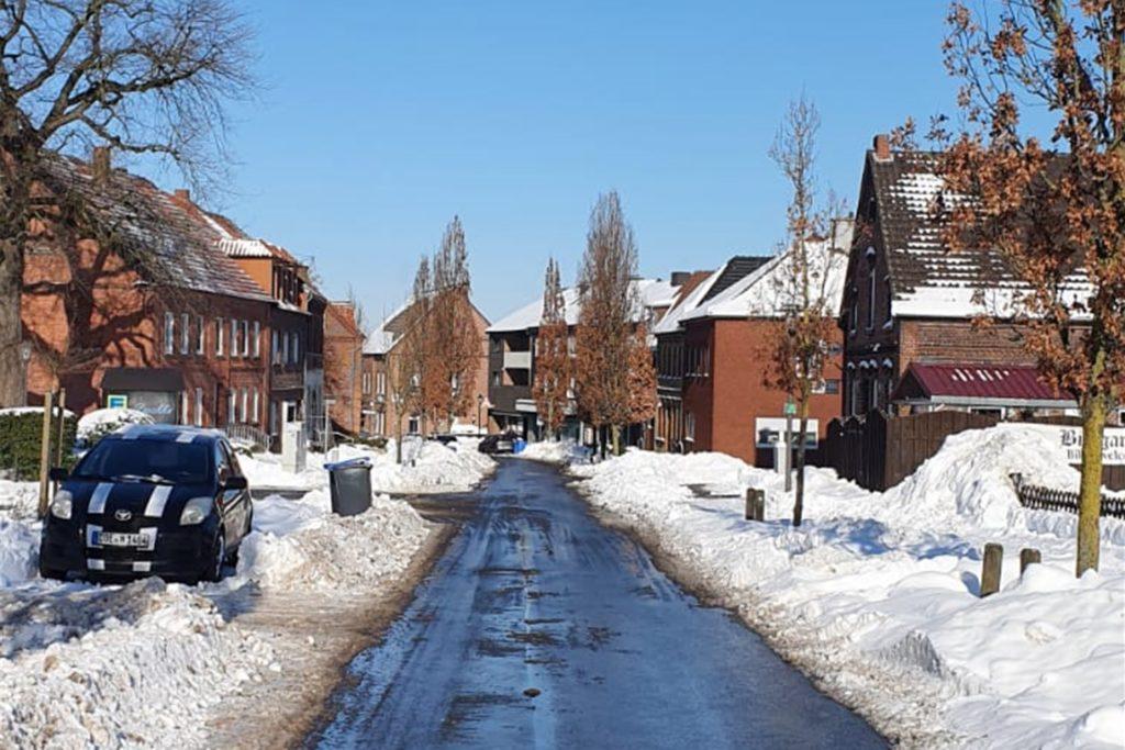 Die Straßen in Herbern sind am Donnerstag größtenteils vom Schnee befreit.
