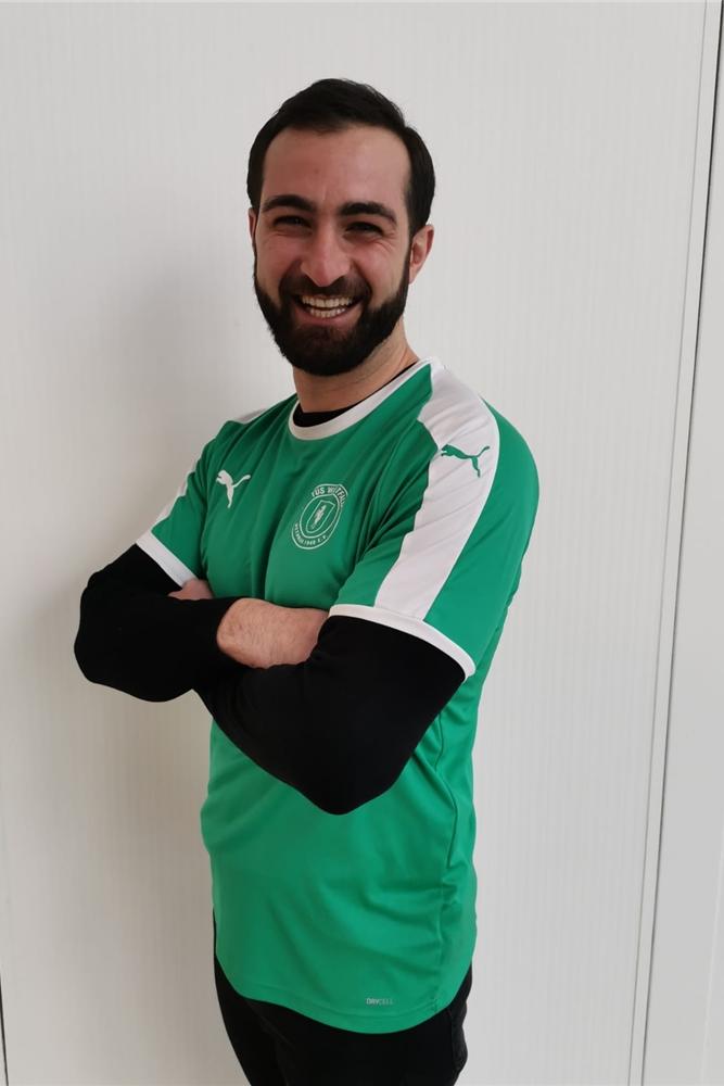 Artur Nazarenus spielte früher in grün für den VfB Lübeck. Jetzt trägt er das grüne Trikot von Westfalia Wethmar.