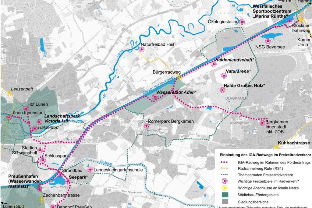 Der IGA-Radweg soll von der Lüner Innenstadt und dem Hauptbahnhof über eine neue Lippebrücke und eine neue Brücke über die Kamener Straße zum Datteln-Hamm-Kanal führen. Ein Abstecher führt dann zu Seepark und Preußen Bahnhof, die Hauptschlagader des Wegs jedoch entlang des Kanals, vorbei an der Wasserstadt Aden zum IGA-Gelände in Bergkamen und weiter nach Rünthe, wo er künftig an den geplanten Radschnellweg RS1 angebunden wird.