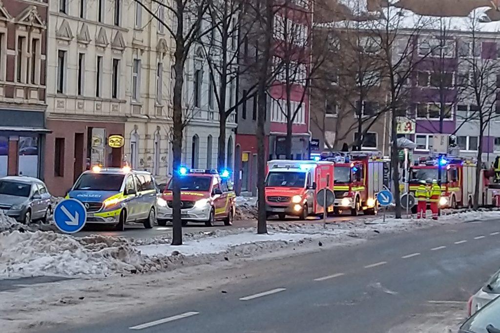 Auch an der Hohen Straße war die Feuerwehr am Samstagnachmittag im Einsatz.