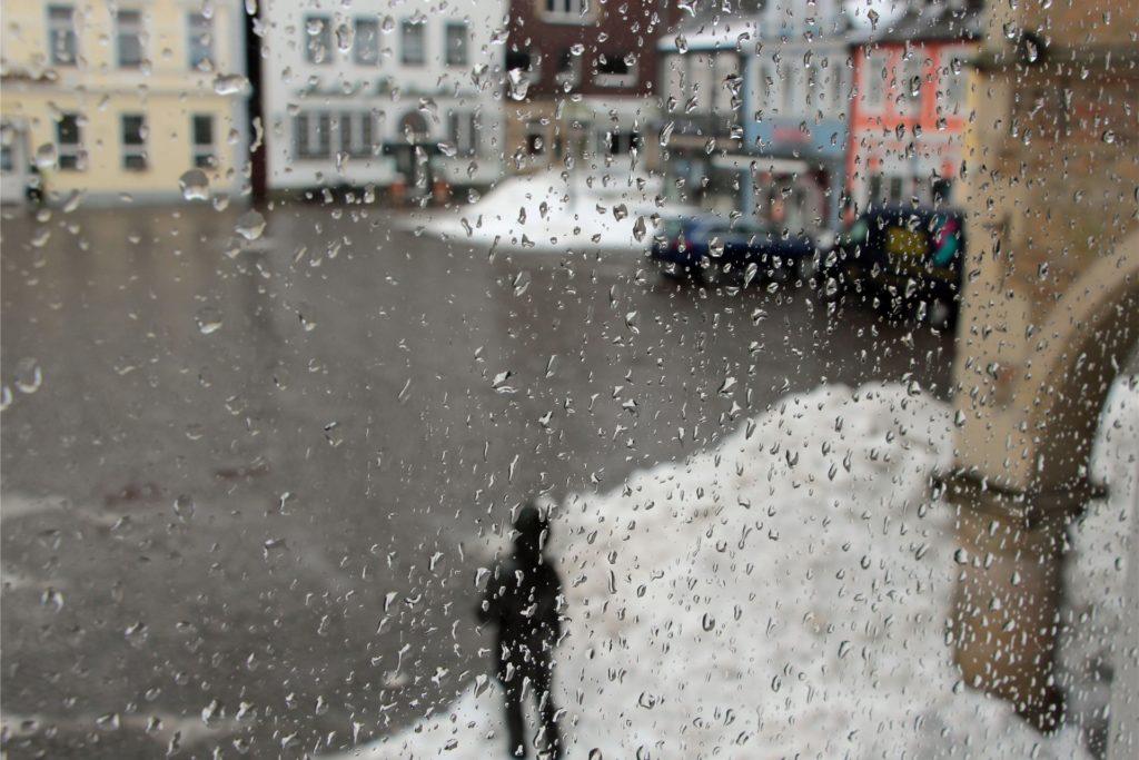 Am Montagvormittag fing es in Werne an zu regnen. Glatteis kann sich bilden.
