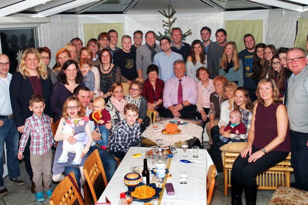 Die Großfamilie Funke hat für Lisa und Jürgen Fleischer die Daumen gedrückt.