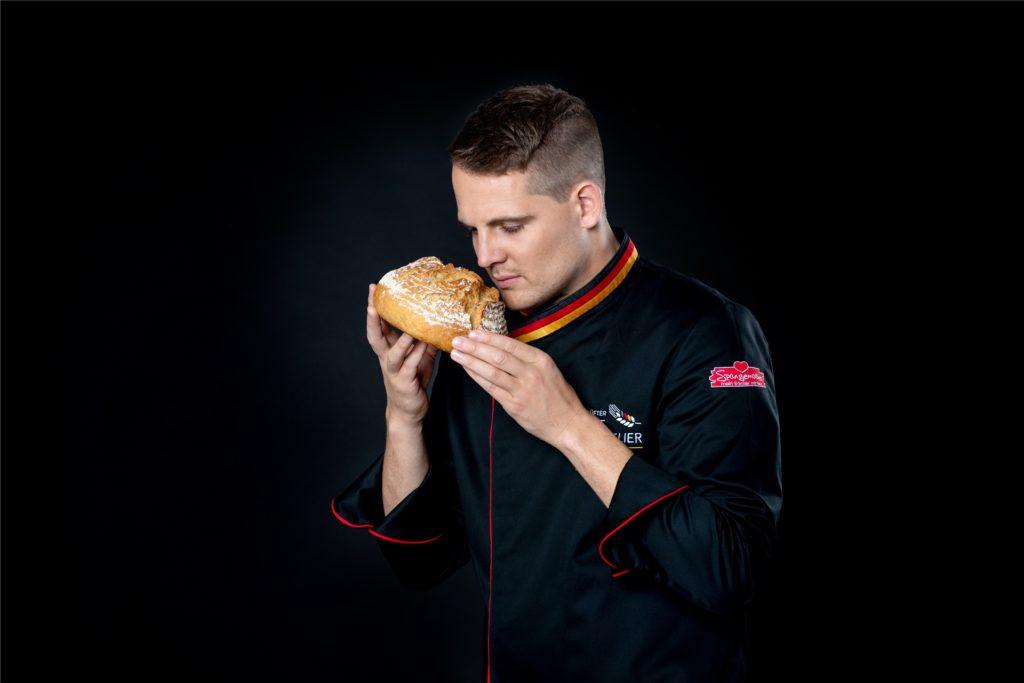 Was zeichnet ein Brot aus? Als Brotsommelier achtet Manuel Spangemacher auf viele kleine Details.