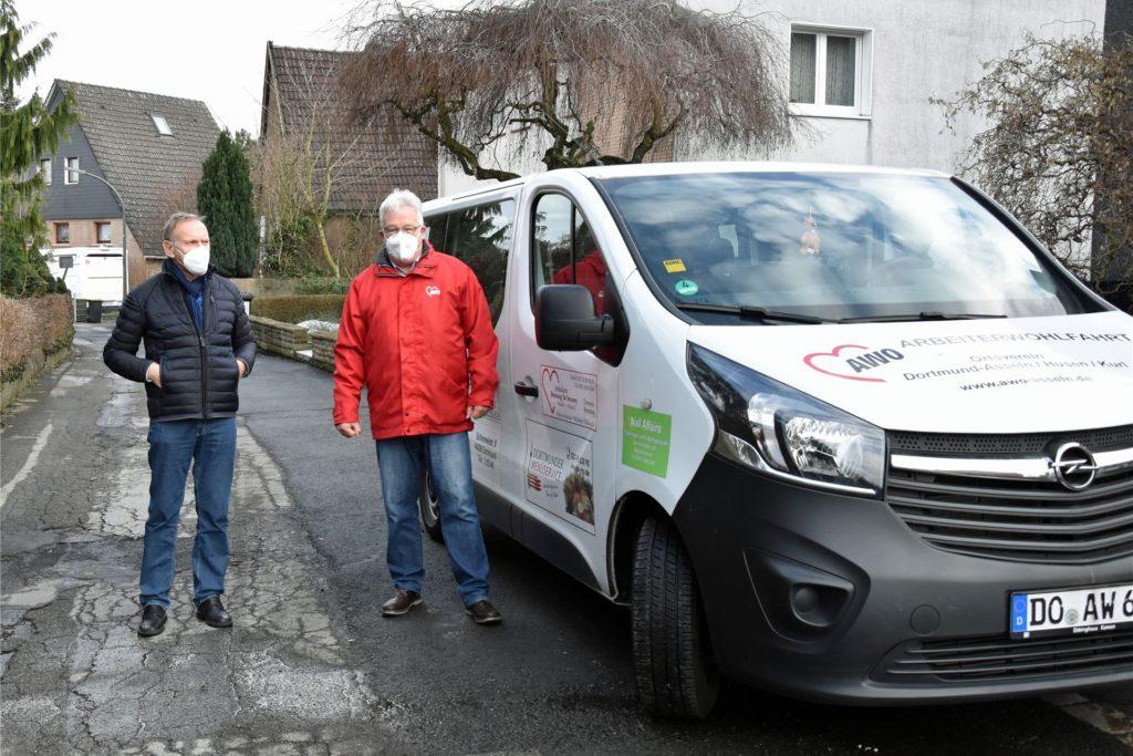 Manfred Drechsler und Norbert Roggenbach wollen sich in Zukunft mit den Fahrten zum Impfzentrum abwechseln.