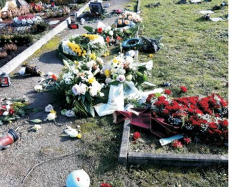 So sah ein frisches Grab auf dem Evangelischen Friedhof aus.