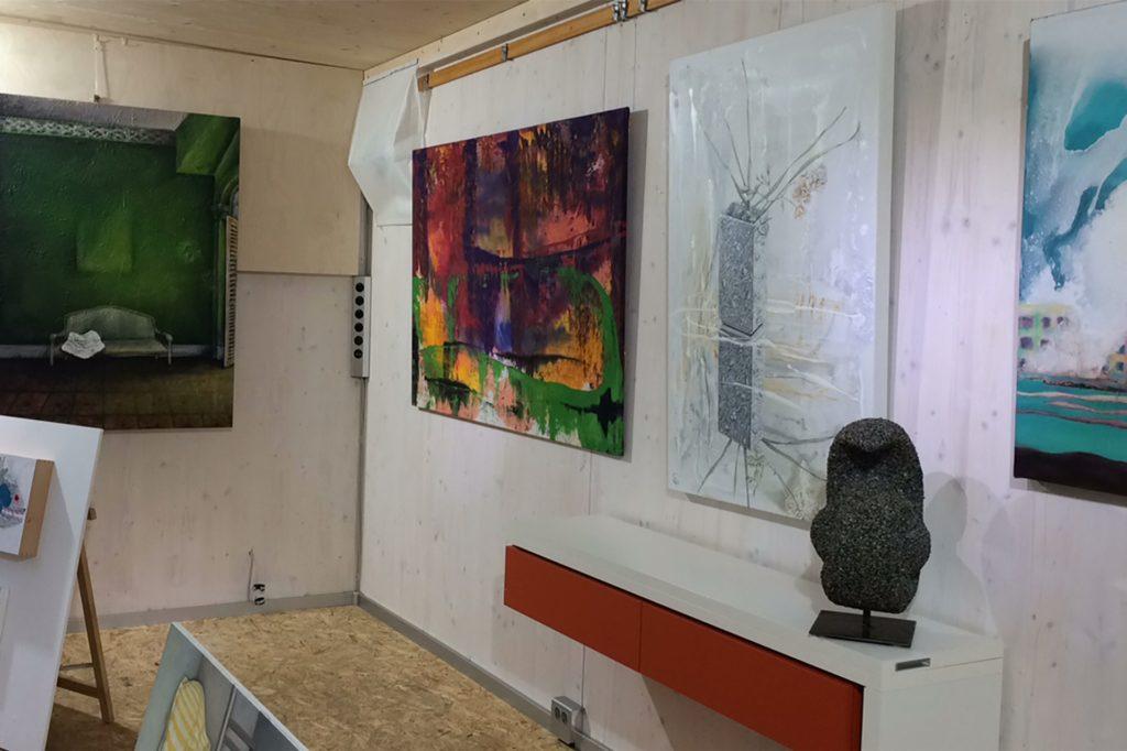 In der Tiny Hall im Rombergpark waren zuletzt einige Kunstwerke zu sehen, die man ab Herbst dieses Jahres ausleihen kann.