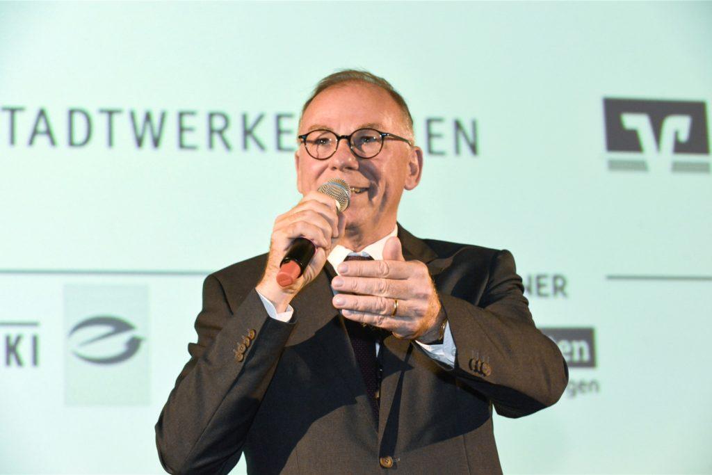 Hubert Tenberge, Vorsitzender von Pro Lünen, bei der Eröffnung des Kinofestes 2019.