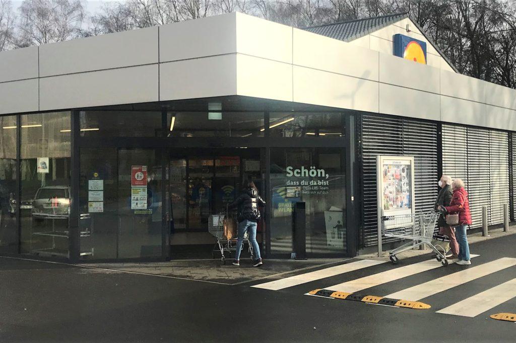 Die Lidl-Filiale an der Lindenstraße in Gelsenkirchen-Buer ist nach umfangreicher Modernisierung Mitte Februar wieder eröffnet worden.