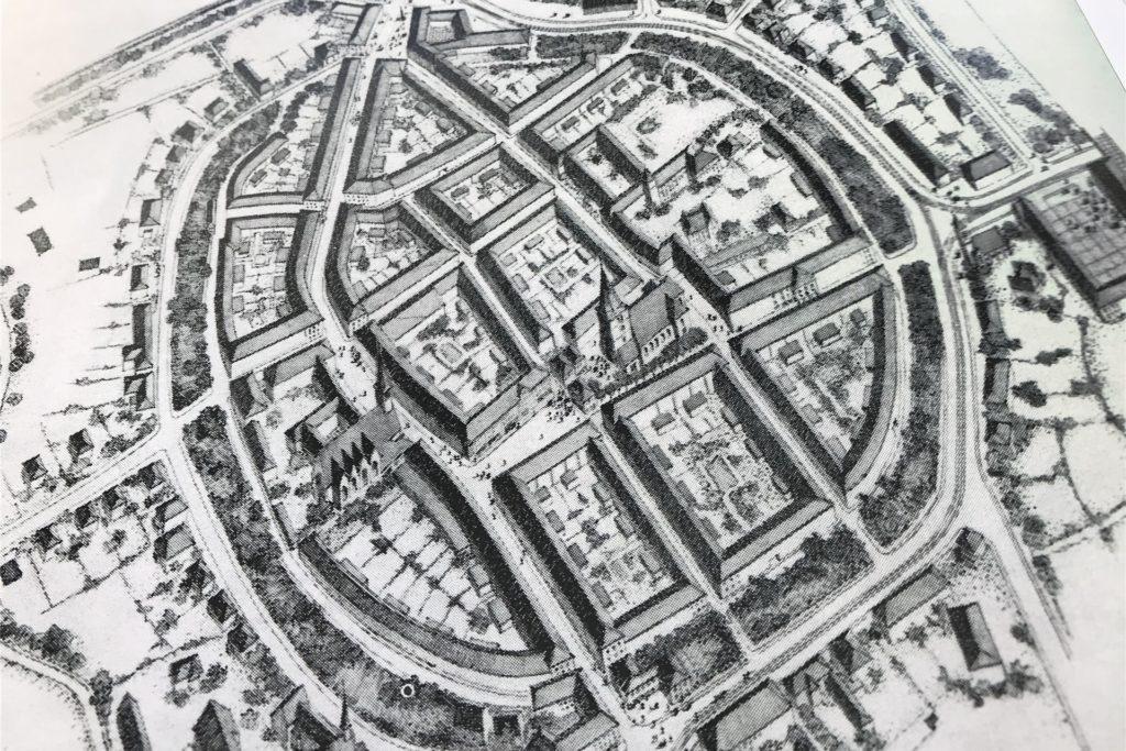 Den Wiederaufbauplan von Dorsten hat nach dem Krieg der Architekt Ludwig Klein, Onkel des Autors Hartmut Klein, gezeichnet.