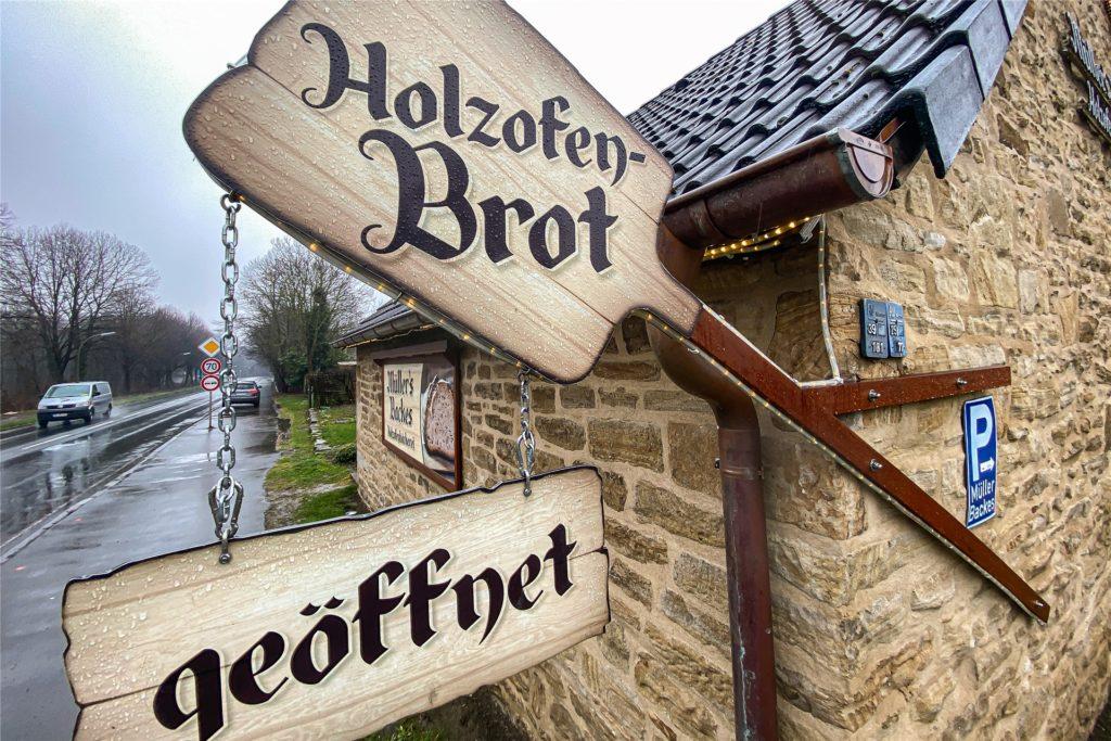 Die kleine Bäckerei Am Klusenberg ist an den Verkaufstagen gut besucht.