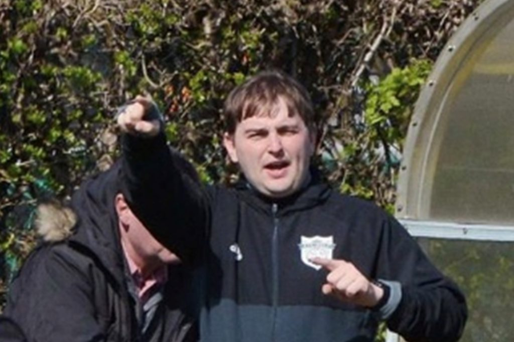 Christoph Golombek trainiert den BSV Heeren und war als Jugendcoach auch beim SuS Kaiserau im Einsatz. Er fordert vor allem die Senioren auf, demnächst Treffen nach dem Training möglichst zu vermeiden.