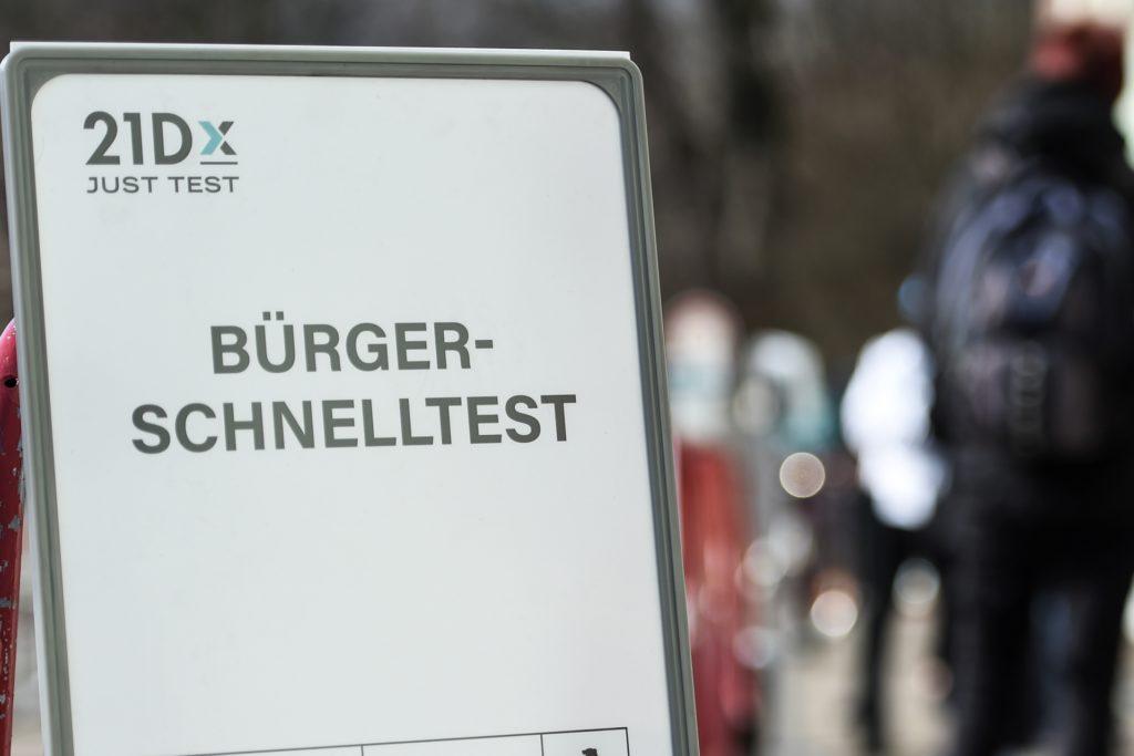 """Für den """"Bürgerschnelltest"""" tun sich in Hombruch drei Apotheken zusammen. Getestet wird von montags bis samstags."""