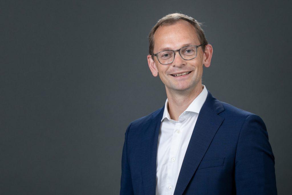 """Georg Griesemann ist Vorstandsmitglied bei Compleo in Dortmund. Er ist von der Fusion mit Wallbe überzeugt und sagt: """"Wir treiben den endgültigen Durchbruch der E-Mobilität in Europa entscheidend voran."""""""