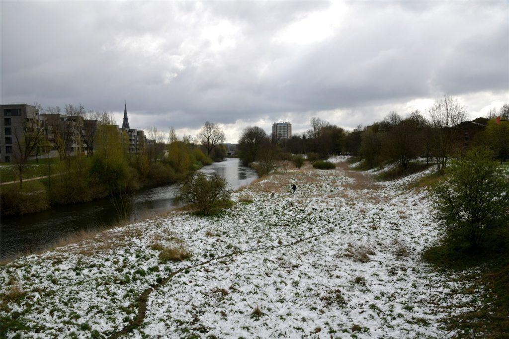 Winterlich wirkt es am Dienstag (6.4.) in Lünen.
